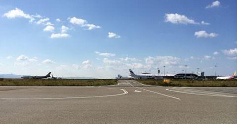 関西国際空港の滑走路