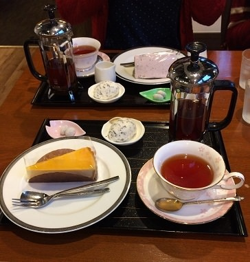 桜珈琲のケーキセット