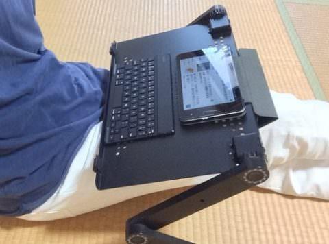 パソコンスタンドE-T6BKにタブレットとキーボード設置